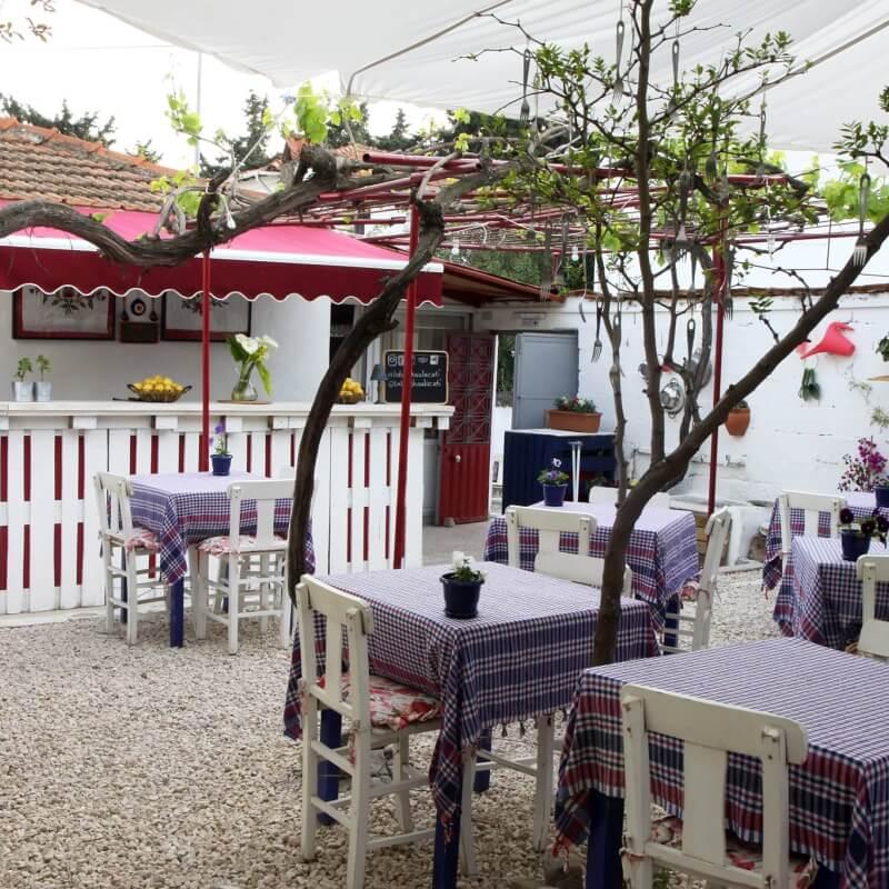 Babushka Restoran Alaçatı İzmir