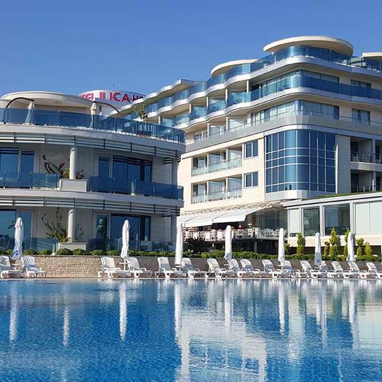 Ilıca Hotel Çeşme