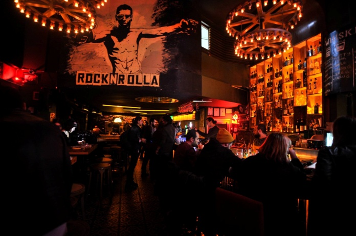 4.ROCK N ROLLA ROCK BAR