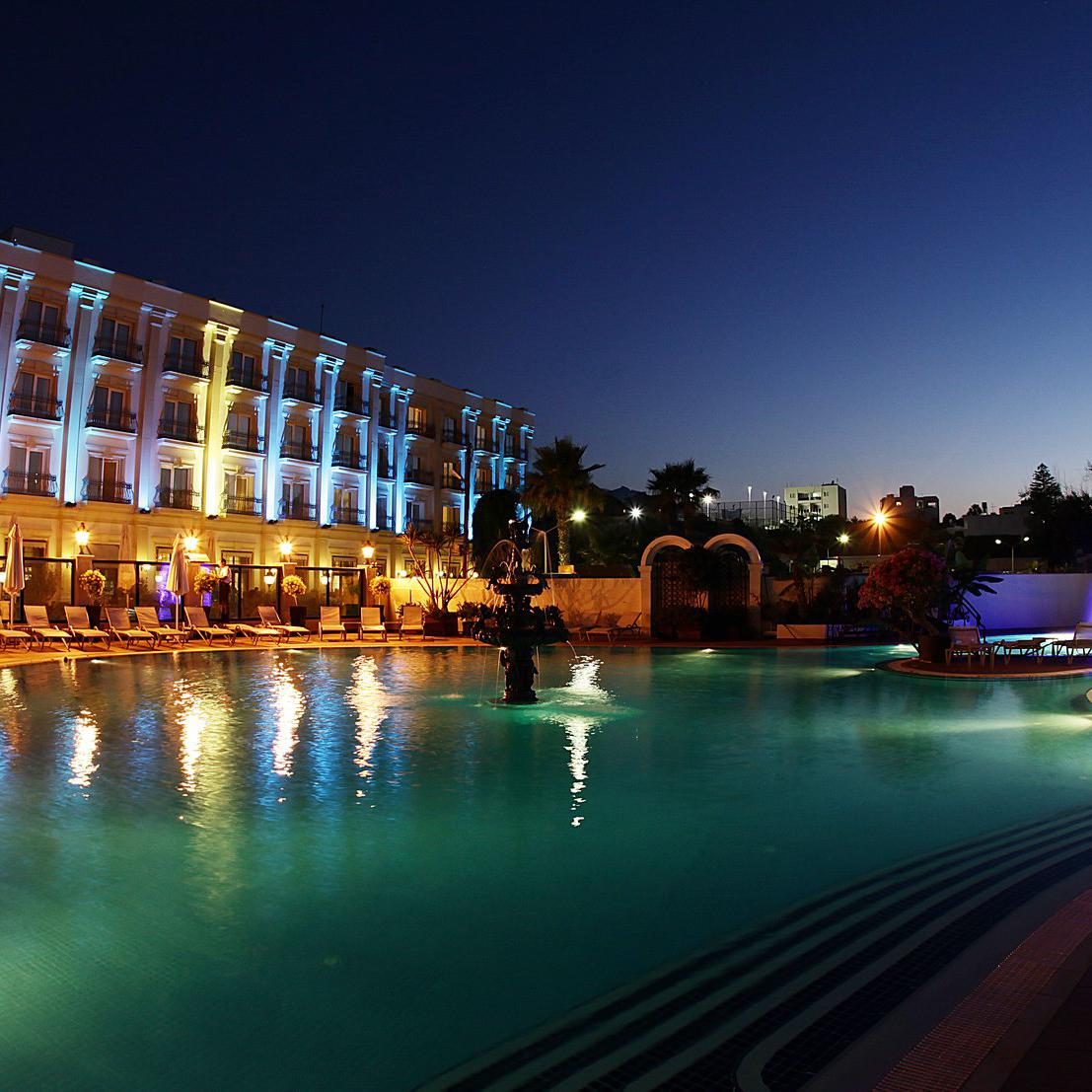 Rocks Hotel Kıbrıs